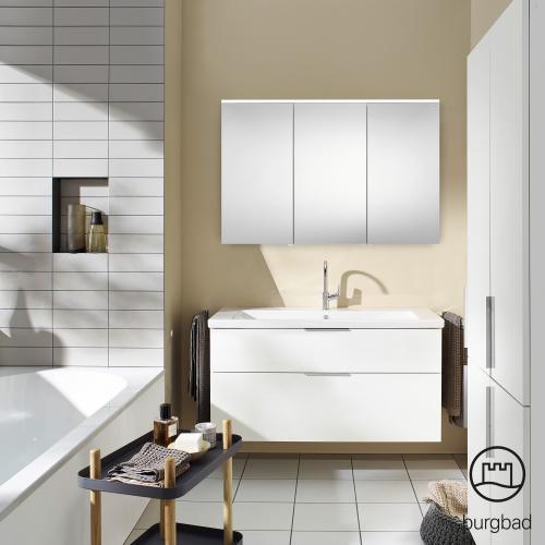 Burgbad Eqio Spiegelschrank mit LED-Beleuchtung weiß glänzend, ohne Waschtischbeleuchtung