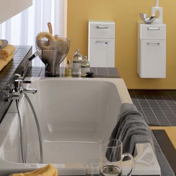 Geberit Renova Rechteck Badewanne, Ab- und Überlauf mittig rechts weiß